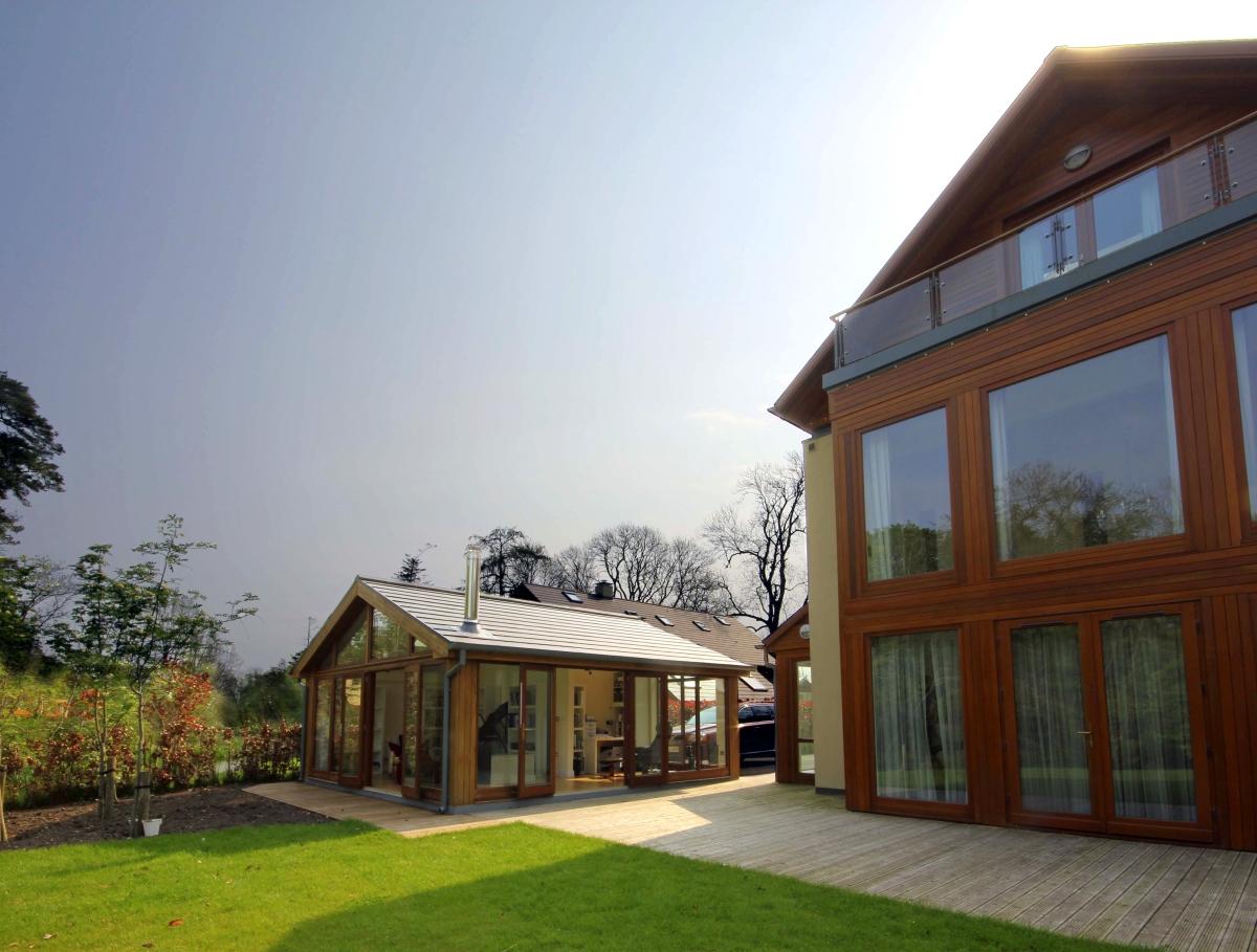 Exterior image of Carton garden extension